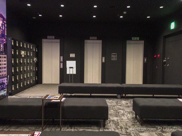 ゴリラクリニック仙台院は、エレベーターの扉が開いたらいきなりクリニックになっている