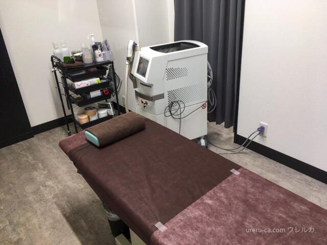 ゴリラクリニック京都烏丸院の施術室の雰囲気